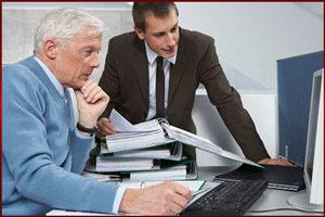 Работодатель объясняет обязанности работника