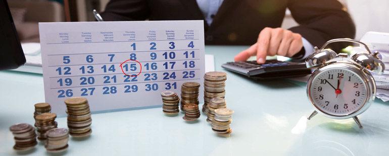 Особенности начисления зарплаты и отпускных