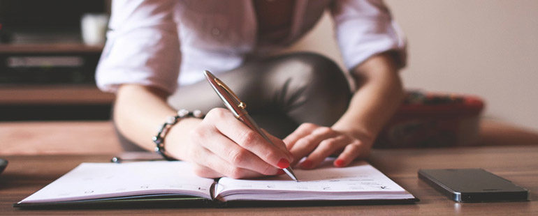 Как написать расписку о получении трудовой книжки