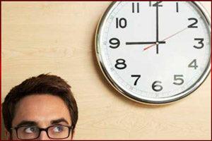 Мужчина и часы