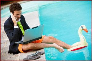Работа в бассейне