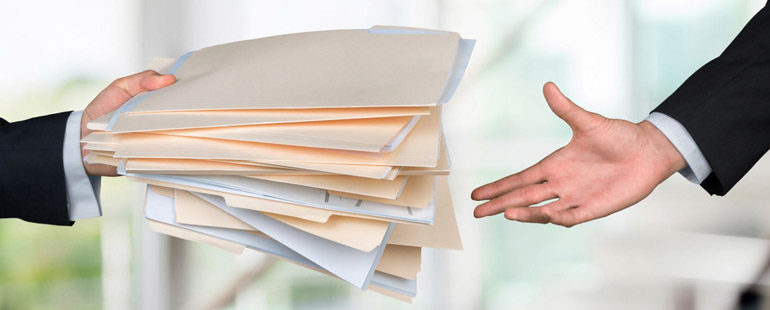 Реорганизация предприятия: правила увольнения сотрудников