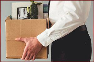 Коробка с офисными вещами